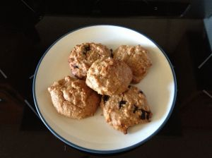 Allergen-free, low-carb peanut butter cookies. Yummy!