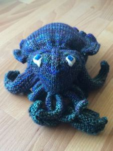 Cuttlefish I recently knitted.